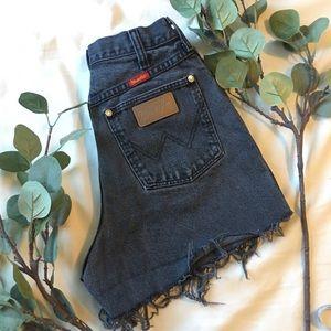 Wrangler   Vintage High Waisted Shorts H152